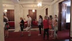 Выборы в Госдуму: как российские избиратели голосовали в Вашингтоне