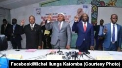 Président ai ya UDPS, Jean-Marc Kabund (C) na secretéraie général ya UDPS na likindo ya lisanga ya politiki liye na Centre NGanda, na Kinshasa, le 31 janvier 2020. (Facebook/Michel Ilunga Katomba)