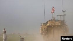 Amerika askerleri halen Suriye'deki görevlerine devam ediyorlar