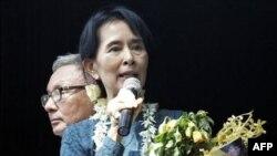 Aung San Su Ki, e gatshme për ripajtim me sundimtarët ushtarakë të Birmanisë