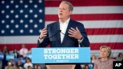 El ex vicepresidente durante el gobierno de Bill Clinton hizo un llamado a los votantes en Florida para que apoyen a Hillary Clinton.