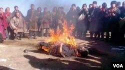藏人青年宁格扎西自焚