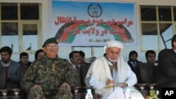 مقام افغان: کشورهای همسایه به جنگ افغانستان دامن می زنند