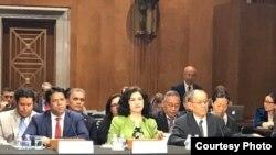အေမရိကန္အထက္လႊတ္ေတာ္မွာ က်င္းပတဲ့ အင္ဒို-ပစိဖိတ္ေဒသတြင္း လူ႔အခြင့္အေရး၊ ဒီမိုကေရစီနဲ႕ ဥပေဒစိုးမိုးေရး ဆိုင္ရာ ၾကားနာပဲြ တက္ေရာက္ထြက္ဆိုေနၾကသူမ်ား ဦးထြန္းခင္ (၀ဲ)၊ Ms. Rushan Abbas (လယ္)၊ Mr. Bhuchung K. Tsering (ယာ)