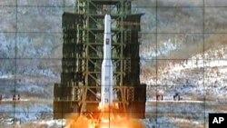 2012年12月朝鲜曾经成功发射了一枚远程火箭。