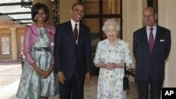 مهلیکهی بهریتانیا پـێشـوازی له سهرۆک ئۆباما دهکات