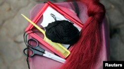 Les outils d'un salon de coiffure.