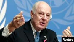 United Nations Special Envoy of the Secretary-General for Syria Staffan de Mistura speaks to media during a news conference in Geneva, Jan. 15, 2015.
