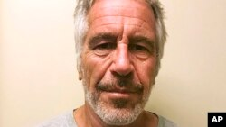 Jeffrey Epstein incorria a uma pena de até 45 anos de prisão