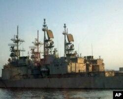 海军纪德舰停泊在高雄港