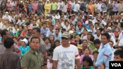 Sam Rainsy called on them to join his supporters at Freedom Park in Phnom Penh on Saturday.