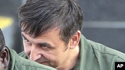 러시아 정보요원으로 미국의 첨단 군사기술 반출을 시인한 알렉산드르 피셴코가 지난 2012년 법원에 출석하고 있다. (자료사진)