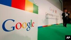 Google asegura que respeta los derechos de autor de los escritores y su servicio de lectura promueve el arte.