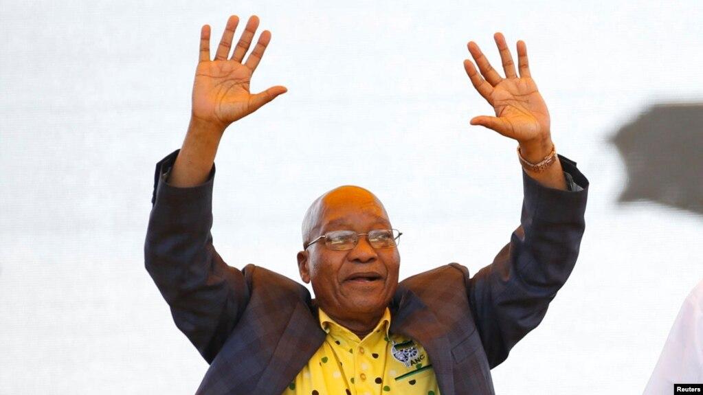 Le président sud-africain Jacob Zuma lors des célébrations du 106e anniversaire du Congrès national africain (ANC) à East London, Afrique du Sud, 13 janvier 2018.