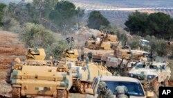 ترک فوج شام کے علاقے میں موجود ہے (فائل فوٹو)