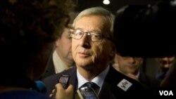 ນາຍົກລັດຖະມົນຕີ Jean-Claude Juncker ຜູ້ທີ່ໄດ້ກໍາອໍາ ນາດ ມາຕັ້ງແຕ່ປີ 1995 ໄດ້ໂຊຊະນະການເລືອກຕັ້ງອີກ
