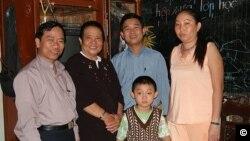 당 티 킴 리엥(왼쪽 두번째)의 가족들.(자료사진)