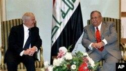 美国防部长盖茨会晤伊拉克总统