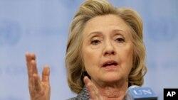 Hillary Rodham Clinton rompió el silencio desde la sede de Naciones Unidas en Nueva York, donde reconoció que debió usar dos cuentas de correo electrónico durante su gestión.