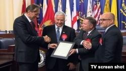 Predsjednik crnogorskog Parlamenta Ranko Krivokapić, kongresmeni Majkl Mišo i Dag Lamborn, crnogorski ambasador u SAD Srđan Darmanović