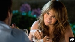 "Jennifer Lopez as Zoe in ""The Back-Up Plan"""