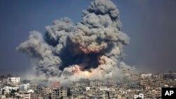 عکس آرشیوی از حمله هوایی ارتش اسرائیل به غزه - ۲۹ ژوئیه ۲۰۱۴