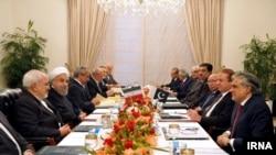 دیدار رئیس جمهوری ایران حسن روحانی با نواز شریف نخست وزیر پاکستان