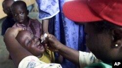 Ana diga maganin rigakafin kamuwa da cutar Polio ma wani yaro dan shekara hudu da haihuwa a Najeriya