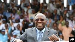 Laurent Gbagbo, kiongozi wa Ivory Coast anayeng'ang'ania madaraka.