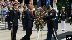 President Obama in wreathlaying ceremony at Tomb of the Unknowns at Arlington National Cemetery May 27, 2013