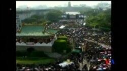 2014-03-30 美國之音視頻新聞: 台灣數十萬民眾總統府前示威反服貿
