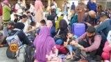 کابل ایئر پورٹ پر وی او اے کی نامہ نگار نے کیا دیکھا؟