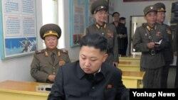 کیم جونگاون، رهبر کره شمالی – عکس از آرشیو