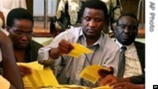 Zimbabwe Youth Forum Aims to Register One Million Voters Aged 18-30