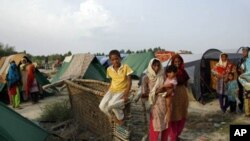 حالیہ سیلاب سے بے گھر ہونے والے خاندان