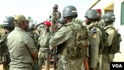 FILE - A team of Cameroon military members fighting against the proliferation of weapons is seen in Garoua, Cameroon, Dec. 15, 2019. (Moki Edwin Kindzeka/VOA)