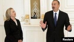 Clinton, Aliyev