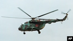 Helikopter Rusia Mi-8 dalam misi di Chechnya (foto: dok). Sebuah elikopter Mi-8 Rusia lainnya ditembak jatuh di Suriah.