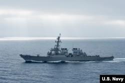 美軍希金斯號驅逐艦2017年8月在太平洋上執行任務(美國海軍圖片)。