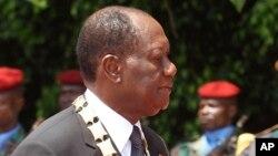Le président ivoirien Alassane Ouattara, le 3 novembre 2015. (AP /Sevi Herve Gbekide)