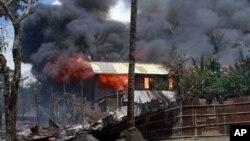 Ít nhất 3 người thiệt mạng, hằng trăm nhà cửa bị đốt trong vụ bạo động mới bùng ra giữa người Hồi giáo và Phật giáo ở bang Rakhine