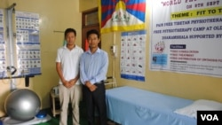 Tenzin Jigme and Penchen Sangpo started the first Tibetan-owned physical therapy clinic in India and are part of a program to support Tibetan entrepreneurs. (Amy Yee for VOA)