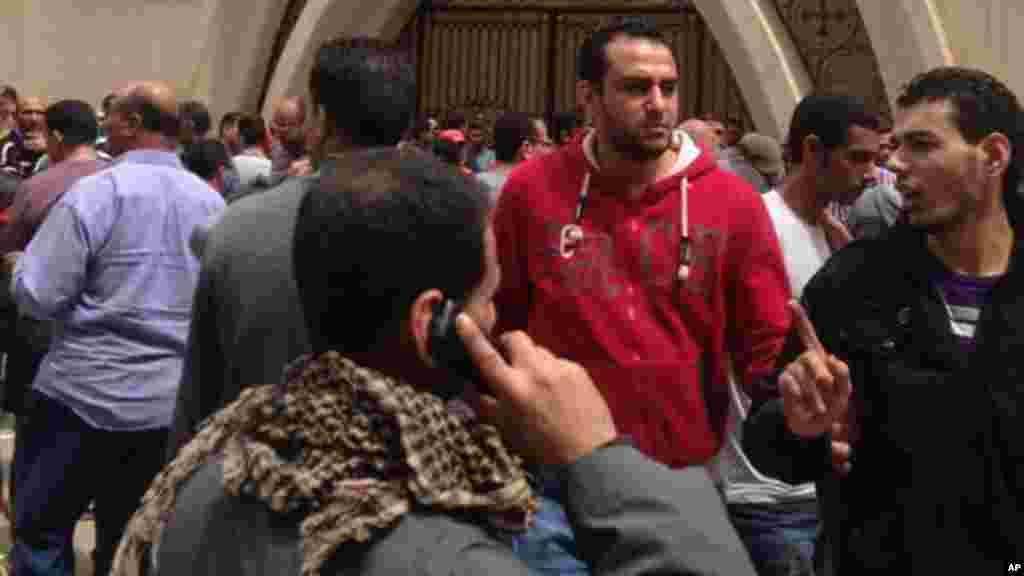 Attentat à la bombe en Egypte dans une église dans la ville de Tanta, le 9 avril 2017.
