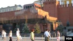 莫斯科红场列宁墓(2014年7月资料照片 美国之音白桦拍摄)