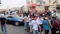 شهر شیعه نشین قطیف در سالهای اخیر شاهد درگیری هایی بین مردم و ماموران عربستان سعودی بوده است.