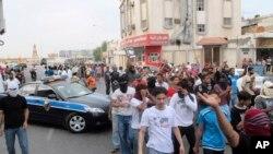 شهر قطیف در شرق عربستان که شیعیان زیادی دارد، در سالهای اخیر محل اعتراضات علیه حکومت بوده است.