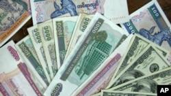 Đồng tiền của Myanmar đã mất hơn 60% giá trị kể từ đầu tháng 9/2021 khiến giá lương thực và nhiên liệu tăng cao.