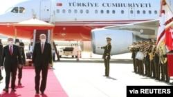 Serokê Tirkîyê Recep Tayyîp Erdogan û Serokê Qibrisa Tirk Ersîn Tatar , Mijdar 15, 2020