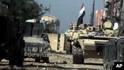 Các lực lượng Iraq tiến vào Ramadi ngày 23/12/2015.