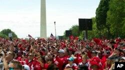 Một cuộc tuần hành ở Quảng trường National Mall.